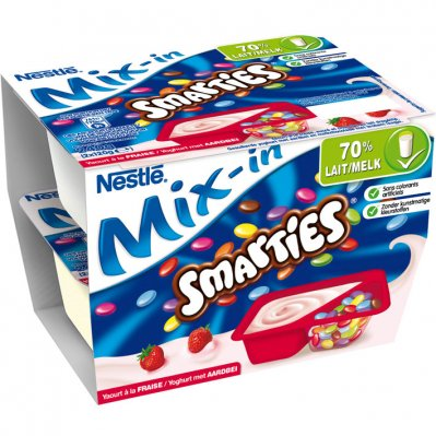 Smarties Yoghurt met aardbei