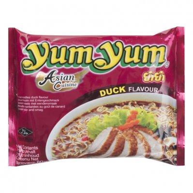 Yum Yum Duck flavour instant noodles