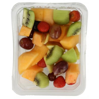 Verse fruitsalade aardbei kiwi