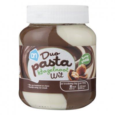 Huismerk Duopasta hazelnoot wit