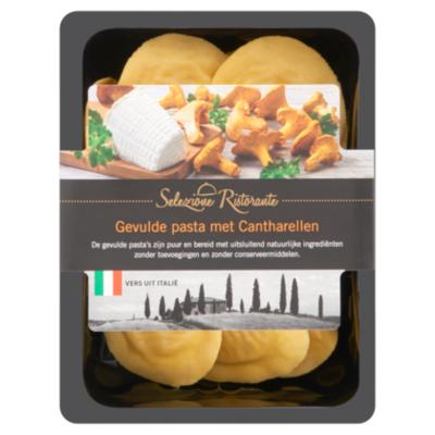 Selezione Ristorante Gevulde pasta met cantharellen