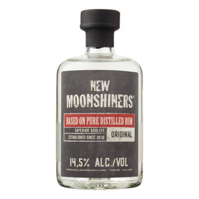New Moonshiners Based on Pure Distilled Rum