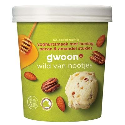 Huismerk biologisch roomijs  yoghurtsmaak met honing, pecan & amandel stukjes