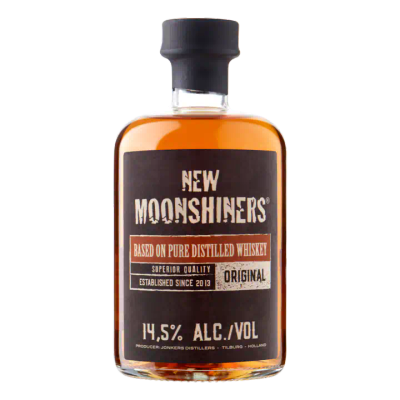 New Moonshiners Based on Pure Distilled Whiskey